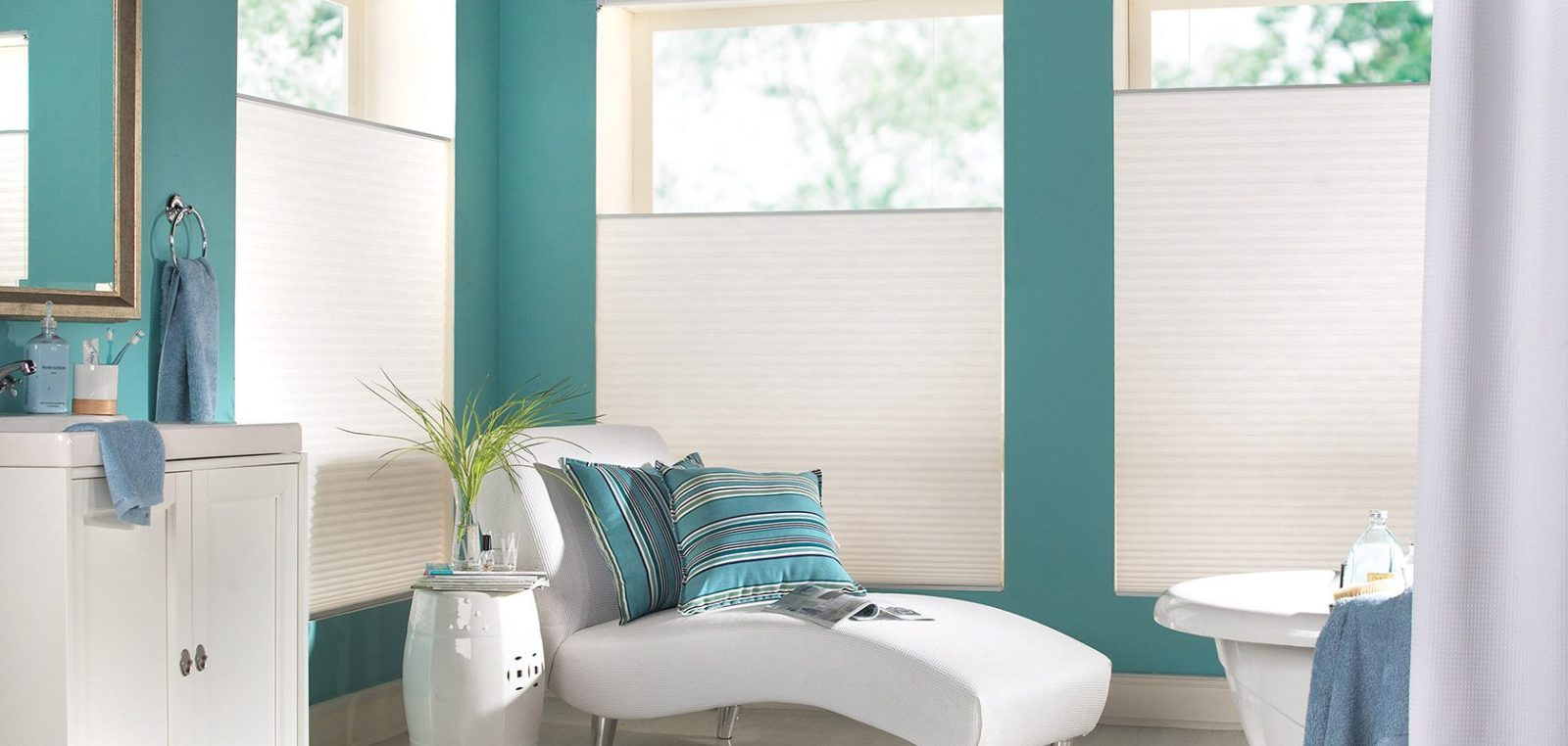 3 Best types of Blinds and Shades for Bathrooms
